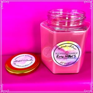 Rose Petals Scented Soy Candle 16 oz